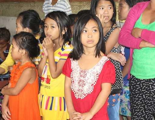 VBP Cares - Simple-gifts-for-the-students-of-Adlaon